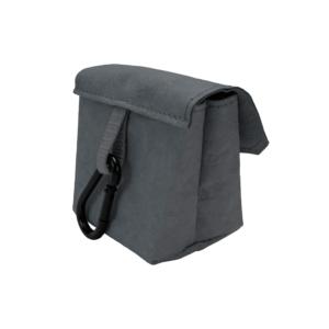 Tasche-mit-karabiner-aus-Papier-farbe-mud