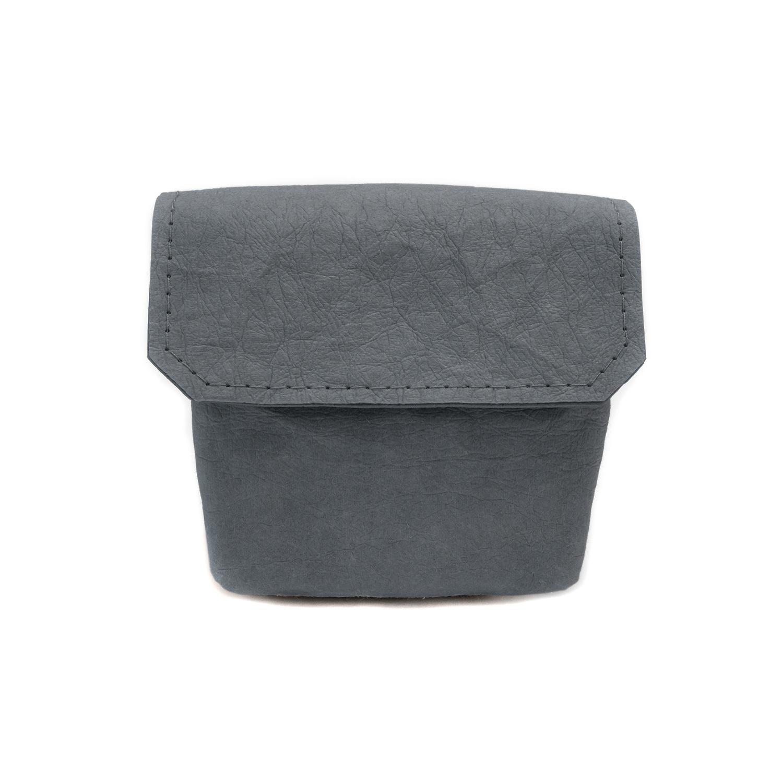 Tasche-mit-klettverschluss-aus-Papier-von-vorne-farbe-mud